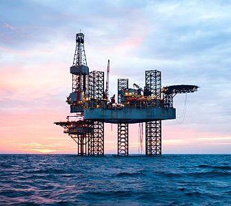 Gas Natural Licuado en medio de la «Tormenta Perfecta»